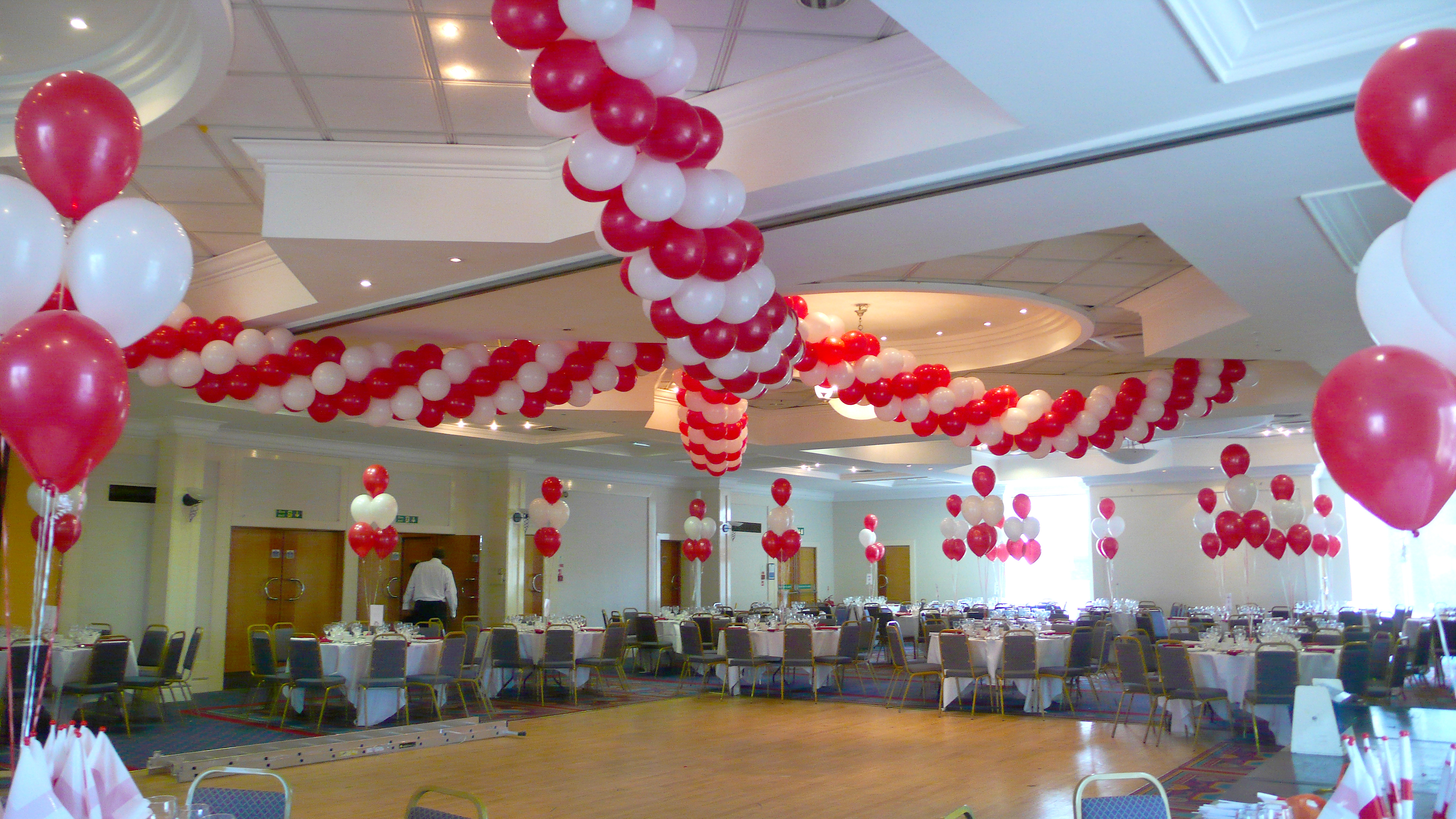 St georges day the great british balloon company for Balloon decoration company